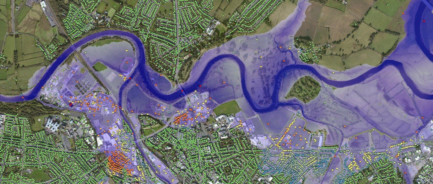 High resolution UK FloodMap data shown in blue overlaid with the FloodScore™ property risk database for Carlisle via Ambiental Risk Analytics - small